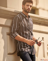 Buy Branded Casual Shirts for Men at Mufti